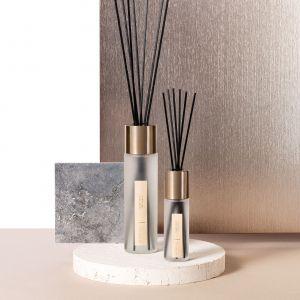 Millefiori Milano jest wiodącą marką w segmencie wysokiej jakości produktów zapachowych do wnętrz. Dzięki pałeczkom zapachowym z serii Selected Twoje wnętrze będzie naprawdę wyjątkowe! Fot. Yankee Candle
