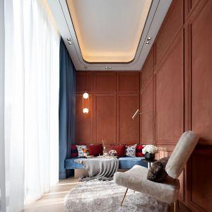 Ten nowoczesny i elegancki apartament znajduje się w Hong Kongu. Zaprojektowała go pracownia architektoniczna PTang Studio. Fot. PTang Studio/Brabbu