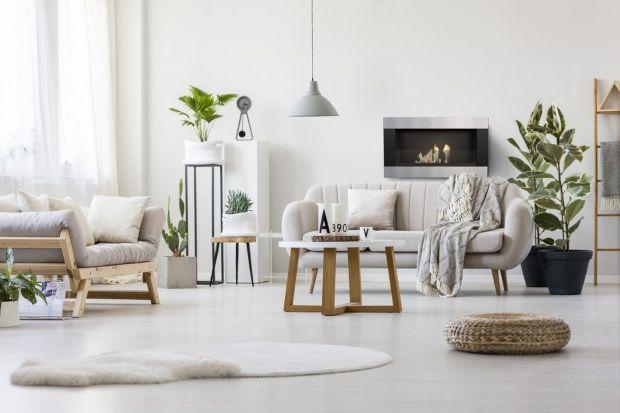 Przytulny klimat, naturalne ciepło i domową atmosferę bez względu na okoliczności stworzy ogień w kominkach i piecach. Projektanci i architekci wnętrz igrające płomienie ognia czynią wiodącym elementem wnętrza, kontrapunktem dla betonu i marmu