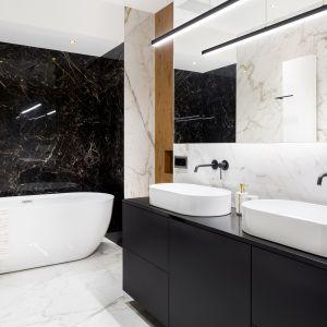 Aranżacja łazienki z marmurem Calacatta Paonazzo