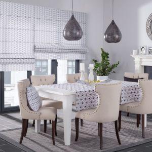 ORIGO to lampa wisząca w kształcie kropli. Wykonana z metalu o drobnym ażurowym wzorze w orientalnym stylu. Klosz w kolorze antracytowym, od środka w kolorze srebrnym. Kolor: antracyt/ srebrny. Dekoria