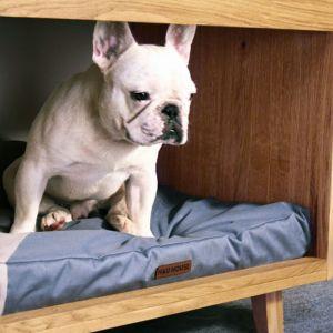 Polskie meble dla posiadaczy zwierząt - komoda z miejscem dla psa. Ok. 3000 zł/Hau House. Fot. Hau House