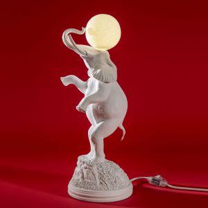 Lampa Elephant. Producent: Seletti. Projekt: Marcantonio. Ok. 1050 zł