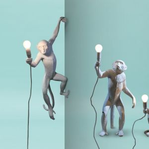 Lampy Monkey. Producent: Seletti. Projekt: Marcantonio. Od ok. 1000 zł ( w zależności od modelu - kinkiety, wiszące, stołowe, przyścienne, w wersji indoor i outdoor)