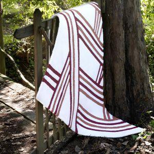 Carpet Edition kolekcja Siamo Tutti Uno projekt Kyrin, Urihi kolor White