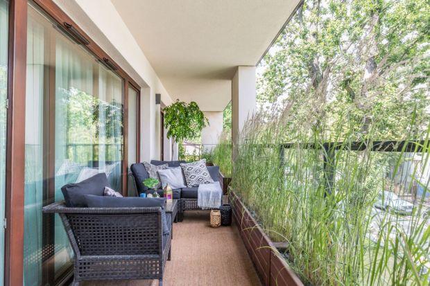 Jak urządzić balkon w bloku? Jak urządzić taras w bloku? Zobaczcie kilka fajnych pomysłów z polskich mieszkań.