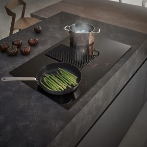 kolekcja dostępna będzie w wybranych showroomach i studiach kuchennych, aby trafić do pasjonatów zarówno smaku, jak i stylu, którym dostarczy niezapomnianych wrażeń. Fot. Samsung