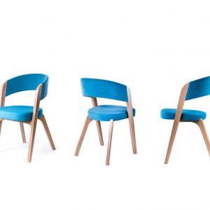 Tapicerowane krzesło Argo, drewniane nogi. Bogaty wybór tkanin. Od 954 zł, Paged/Euforma.pl