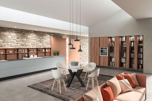 Współczesny styl, nieskończone możliwości personalizacji i wysoka jakość materiałów sprawiają, że kuchnia łatwo dostosowuje się do każdego kontekstu mieszkaniowego.