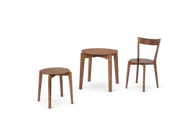 Te lekkie,łatwe do rozłożenia i złożenia krzesła i stół można szybko przenosić oraz przechowywać, oszczędzając przy tym mnóstwo czasu i przestrzeni.Zobaczcie najnowszą kolekcję meblipolskiego producenta Paged Meble.
