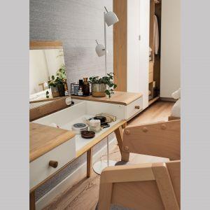 Praktyczną toaletkę z kolekcji Nature od Vox bez problemu zmontujemy sami. Cena: 1.599 zł. Fot. Vox