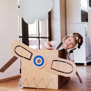 Dekoracje w pokoju dziecka możemy zrobić samodzielnie. Nie jest to trudne, ale wymaga dobrego pomysłu i trochę wyobraźni. Fot. Śnieżka