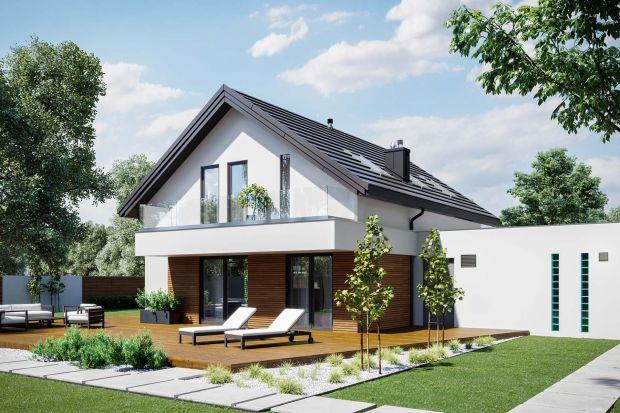 Projekt nowoczesnego domu z poddaszem użytkowym orazwygodnym rozkładem wnętrza. Prosta, energooszczędna bryła przykryta dachem dwuspadowym jest ekonomiczna w budowie i późniejszej eksploatacji.