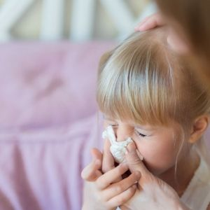 Coraz większym problemem stają się nie tylko alergeny wziewne, ale również kontaktowe  i pokarmowe. Fot. mat. prasowe Philips