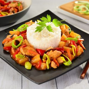 Kurczak z warzywami po chińsku. Fot. Delma