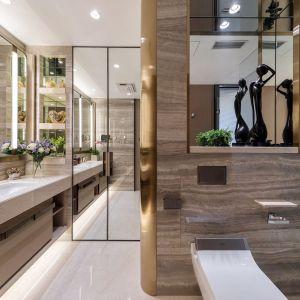 Łazienka w apartamencie w oingkongu. Projekt: Cameron Interiors. Fot. mat. prasowe Brabbu