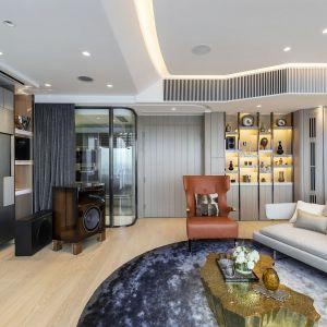 Luksusowe wnętrza apartamentu w Hongkongu. Projekt: Cameron Interiors. Fot. mat. prasowe Brabbu