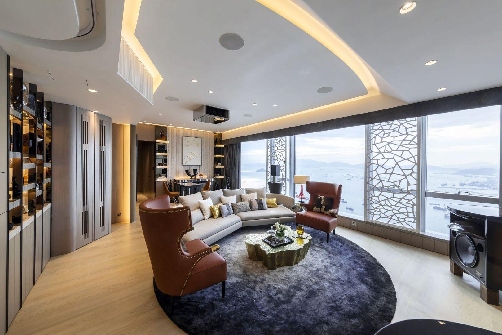 Luksusowy apartament wyposażony w sprzęt audio-wideo i meble z górnej półki. Projekt: Cameron Interiors. Fot. mat. prasowe Brabbu
