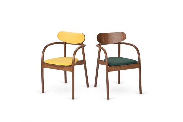 Pedro Salgado połączył nowoczesny charakter mebla z unikalną, dziewiętnastowieczną technologią gięcia drewna bukowego pod wpływem ciśnienia i pary. Zabieg ten pozwolił stworzyć fotel, który urzeka delikatną i niezwykle lekką formą, a jedno