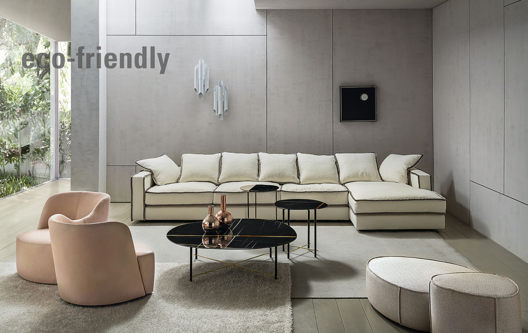 Sofa w całości wykonana jest z biodegradowalnych i otrzymanych w zrównoważony sposób materiałów. Fot. Casamilano