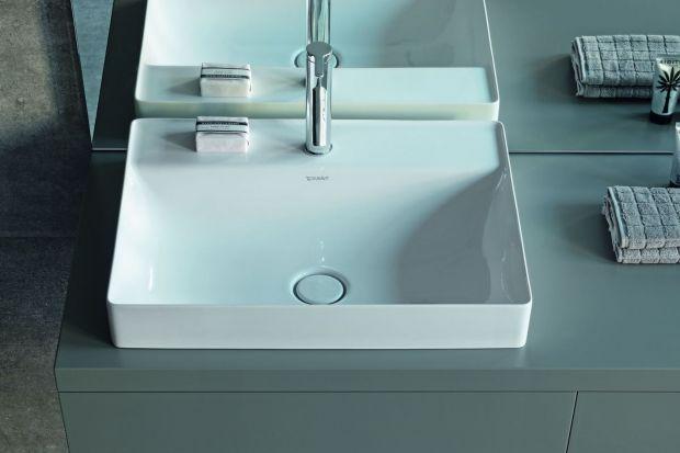 Delikatne umywalki o cienkich rantach prezentują się efektownie. To zasługa materiału, z którego zostały zrobione.