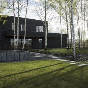 Projekt domu dopasowano do wymagań funkcjonalnych narzuconych przez inwestora. Projekt 89 Stopni. Fot. Anna Olczak