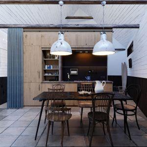 Kompaktowe i funkcjonalne wnętrze domu. Projekt: Anna Adamowicz, Filip Gołasz, Damian Machnik, Zakład Usług Projektowo-Architektonicznych ZUP-A