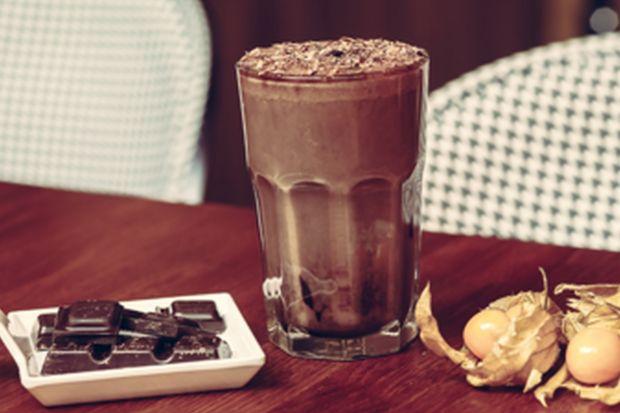 Sposób na upały - przepisy baristy na kawę na zimno