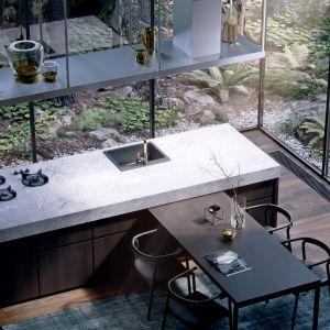 Wyobraź sobie kuchnię w... środowisku naturalnym.Epilog Studio motyw las