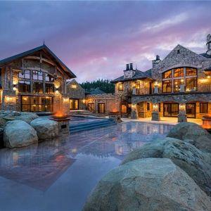 Znajduje się tu 10 sypialni i 19 łazienek. Źródło: Top Ten Real Estate Deals. Zdjęcia: Engel & Volkers