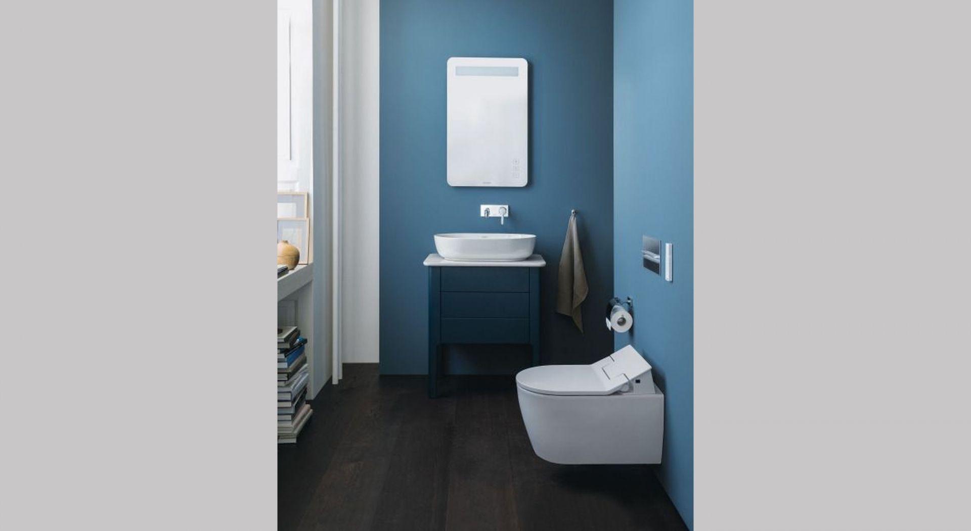 Seria łazienkowa Luv Cecilie Manz z delikatną, nordycką kolorystyką jest idealna do subtelnego wystroju łazienki dla gości. Nowy kolor mebli Migdałowy satynowy mat ma ciepły, ale powściągliwy charakter, otwierając nowe możliwości projektowania. Fot. Duravit