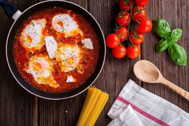 Przedstawiamypięć kroków, które pozwolą zgłębić temat gotowania i wpłyną na jakość przyrządzonych posiłków.