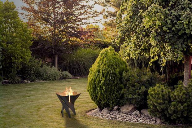 Paleniska ogrodowe to nowość, która pozwala cieszyć się pięknem ognia w każdym ogrodzie, na tarasie czy trawniku. Zobaczcie nowy pomysł polskiego producenta.