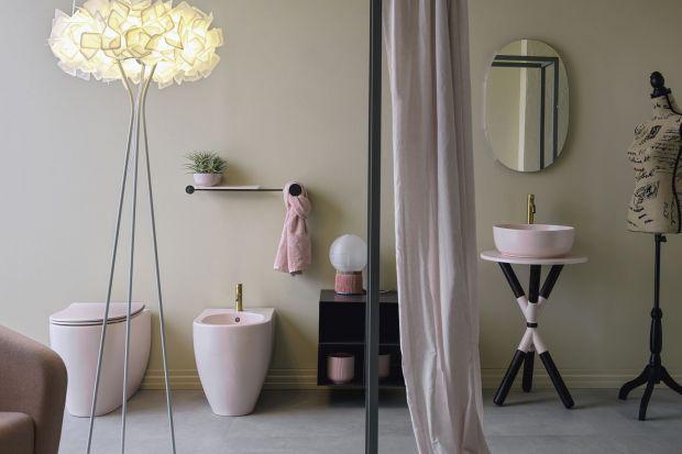 Cross to nowy pomysł do łazienki, za którym stoi marka Scarabeo. Umywalka w duecie ze stylowym trójnogiem-konsolą doda charakteru każdemu wnętrzu. Jak wam się podoba taki koncept?