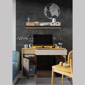 Projektanci mebli zadbali również o wysoką funkcjonalność mebli. Niemal każda bryła posiada zamykaną przestrzeń do przechowywania, praktyczną szufladę oraz półkę lub wnękę na książki, dekoracje i inne drobiazgi. Fot. Lenart