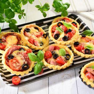 Tartaletki z pomidorami. Fot. Delama