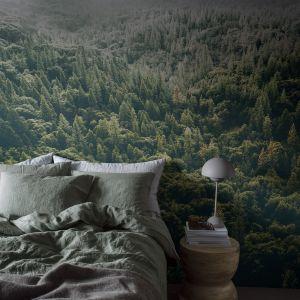 Tapeta Tree Tops z kolekcji Captured Reality 2 marki Mr Perswall. 175 zł/m2. Fot. Mr Perswall