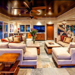 Jedna z luksusowych wakacyjnych rezydencji Justyna Biebera. Fot. Concierge Auctions. Źródło zdjęć: www.toptenrealestatedeals.com