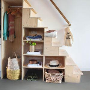 Projekt każdego małego domu to wyzwanie. Trzeba zoptymalizować wykorzystanie ograniczonej przestrzeni, aby spełnić potrzeby wszystkich mieszkańców. Fot. Quick-Step