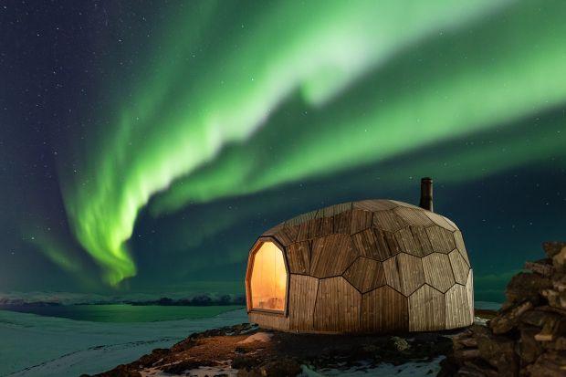 Drewniany dom dla turystów: ciekawy projekt z Norwegii