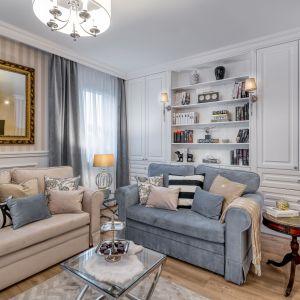 Odpowiednio dobrane rozmiarami sofy stworzą więcej miejsca dla odpoczynku niż jeden narożnik. Projekt: Marta Piórkowska-Paluch. Fot. Andrzej Czechowicz