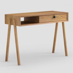 Biurko Amelia wykonane w całości z litego drewna dębowego. Idealnie sprawdza się jako biurko pod laptopa jak i toaletka. Posiada charakterystyczne elementy jak skórzany uchwyt oraz mocowanie nóg w boczny korpus mebla. 1950 zł, Tamo
