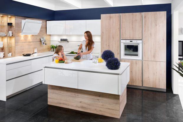 Zlewozmywak jest niezbędny w każdej kuchni. Warto więc odpowiednio ją zaplanować i wyposażyć, aby praca przebiegała sprawnie i wygodnie.