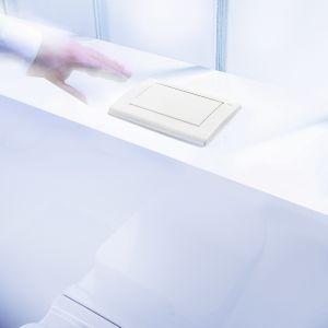 Ciekawą opcją jest także zagospodarowanie tej przestrzeni tak, aby ukryć we wnęce strefę WC. Fot. TECEplanus montaż od góry.