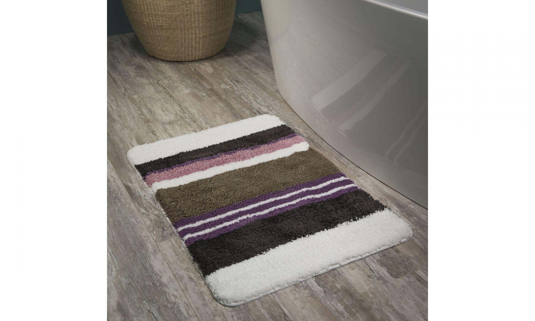 Odrobinę intensywnego koloru zapewni dywanik Sealskin Bright. Paski w różnych odcieniach pozwalają go dopasować do każdego wnętrza. Fot. Coram DIY