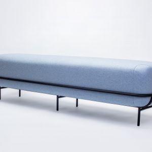 Ławka Ufer stylowy i wygodny mebel tapicerowany, który świetnie sprawdzi się zarówno w przestrzeni domowej, jak i komercyjnej. 3955 zł.