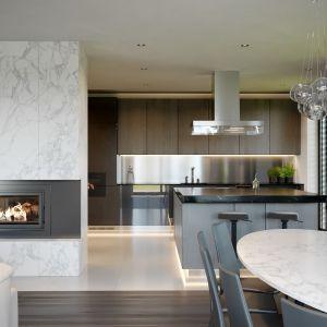 Układ funkcjonalny domu jest bardzo wygodny. Nazwa projektu: HomeKONCEPT 62. Projekt wykonano w Pracowni HomeKONCEPT