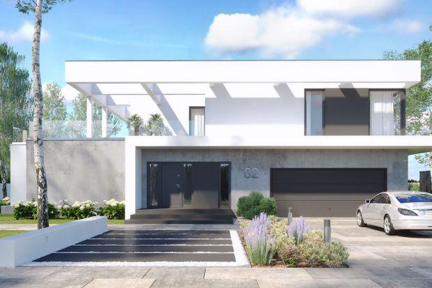 To projekt nowoczesnego, przestronnego domu.Zpewnością przypadnie do gustu miłośnikom otwartych przestrzeni oraz komfortowych wnętrz.<br /><br /><br />