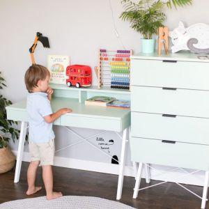 Dziecięce biurko Minko Kids Basic to minimalistyczny mebel z szeroką paletą materiałów i kolorów. Od 899 zł, fot. Minko