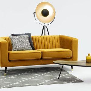 Dwuosobowa sofa Slender dostępne w ofercie firmy Favi. Cena: ok. 1.500 zł. Fot. Favi